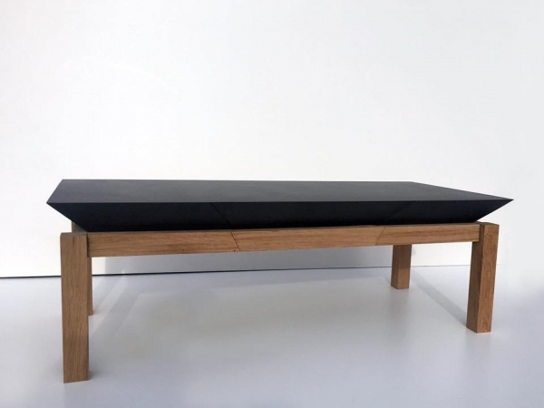 table basse en médium noir et chêne massif