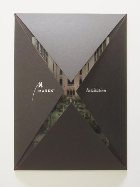 Carton d'invitation à un évènement VIP pour la société Murex. Pochette avec marquage à chaud et carton d'invitation inséré.