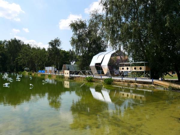 Iso-thermes, station spatiale estivale dans le Parc du Louvre-Lens