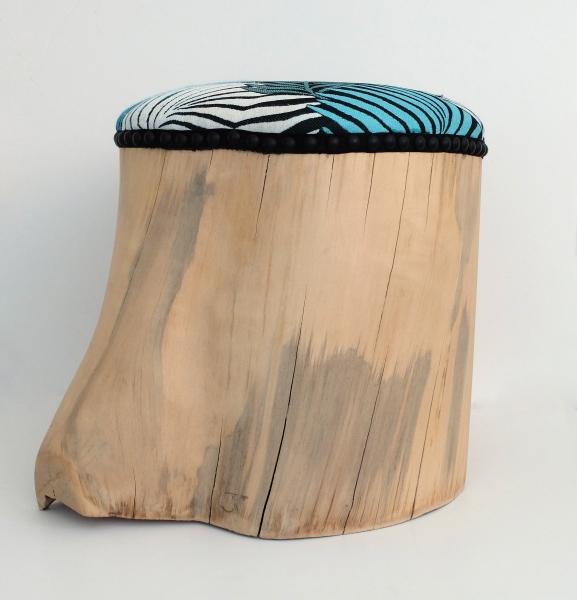 Assise avec coussin, tissu pouvant être au choix