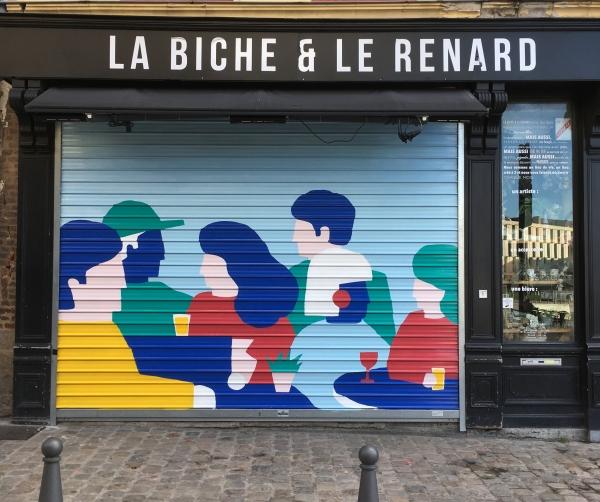Réalisation d'une fresque pour le bar lillois La biche et Le renard, rue de Gand