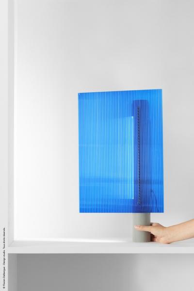 Blue gradient lamp