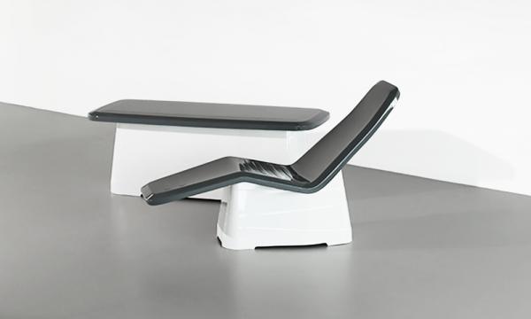 Équipement thermal ONSEN / Concevoir une gamme complète de mobilier thermal en travaillant une esthétique légère et en courbes afin de dépasser la seule fonction médicale.