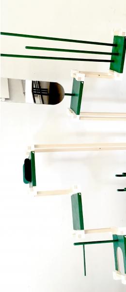 Barutti est un mobilier entièrement modulable grâce à ces cubes d'assemblage. Cela permet donc à l'utilisateur d'adapter son mobilier à l'espace qu'il a dans son habitat (maison, appartement ...).